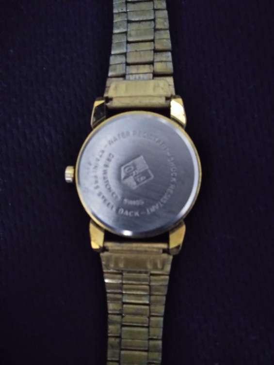 Se vende reloj oris